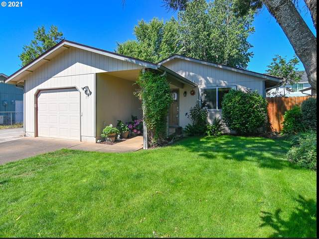 175 S S St, Cottage Grove, OR 97424 (MLS #21688707) :: Holdhusen Real Estate Group