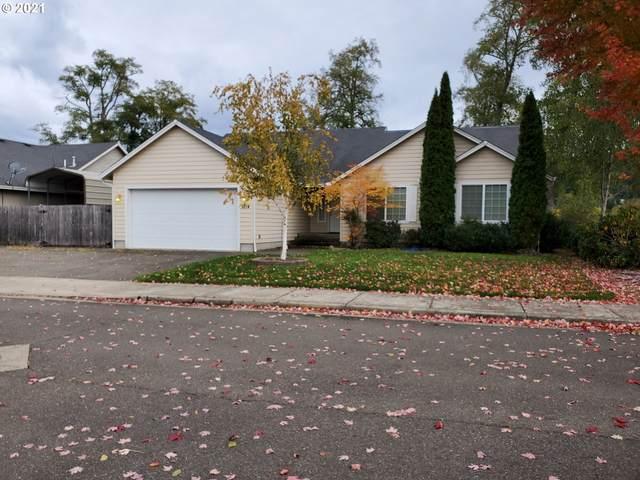 1714 Aspen Run Ave, Sutherlin, OR 97479 (MLS #21689203) :: Holdhusen Real Estate Group
