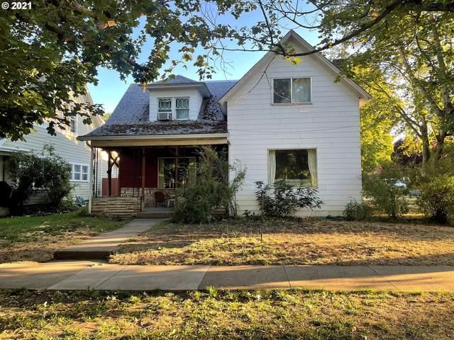 702 Washington Ave, La Grande, OR 97850 (MLS #21689244) :: Keller Williams Portland Central