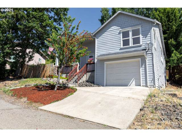 203 Heritage Loop, Roseburg, OR 97471 (MLS #21691757) :: Cano Real Estate