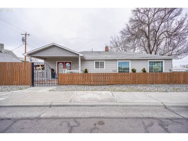 496 W Orchard Ave, Hermiston, OR 97838 (MLS #21692457) :: Cano Real Estate
