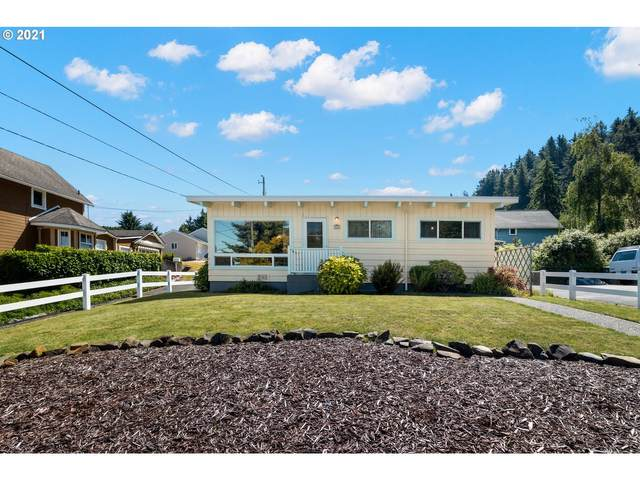 860 35th St, Astoria, OR 97103 (MLS #21695002) :: The Pacific Group