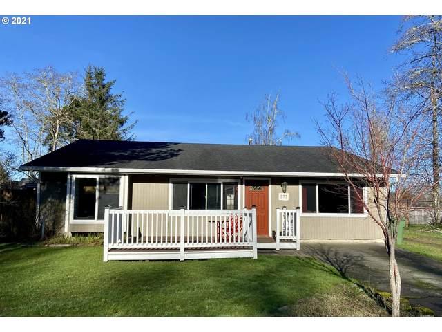577 SW 1st Pl, Warrenton, OR 97146 (MLS #21695067) :: Premiere Property Group LLC