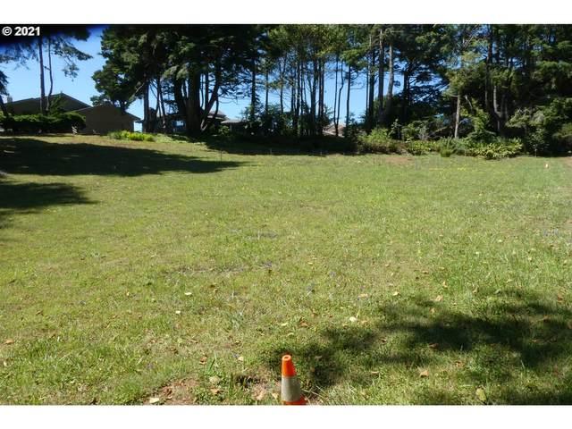 Deer Park Dr #2200, Brookings, OR 97415 (MLS #21697111) :: Beach Loop Realty