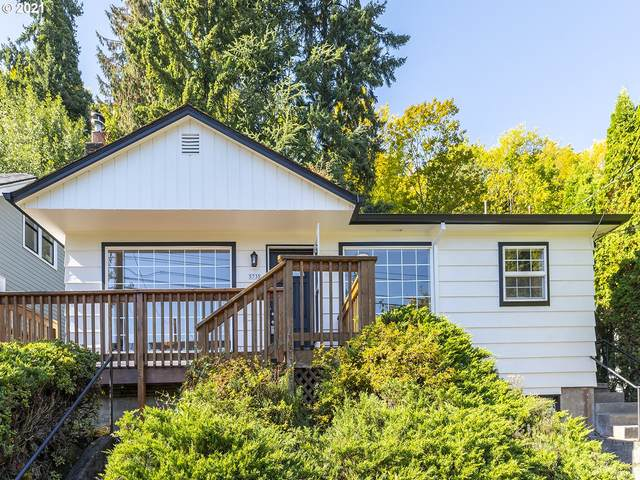 5735 S Corbett Ave, Portland, OR 97239 (MLS #21697343) :: The Haas Real Estate Team