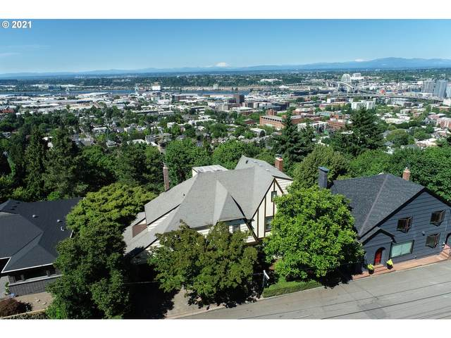 320 NW Maywood Dr, Portland, OR 97210 (MLS #21698192) :: The Liu Group
