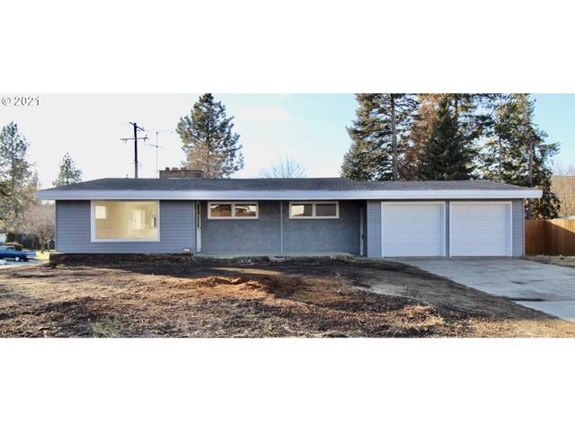 7519 N Wall St, Spokane, WA 99208 (MLS #21698416) :: The Galand Haas Real Estate Team