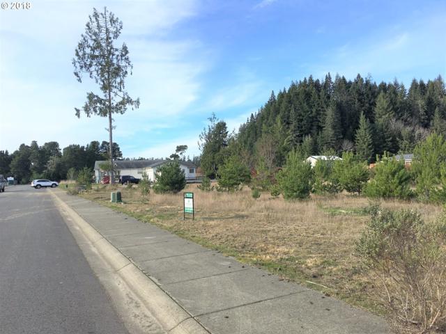 1050 Cedar Loop #105, Lakeside, OR 97449 (MLS #16021869) :: Portland Lifestyle Team