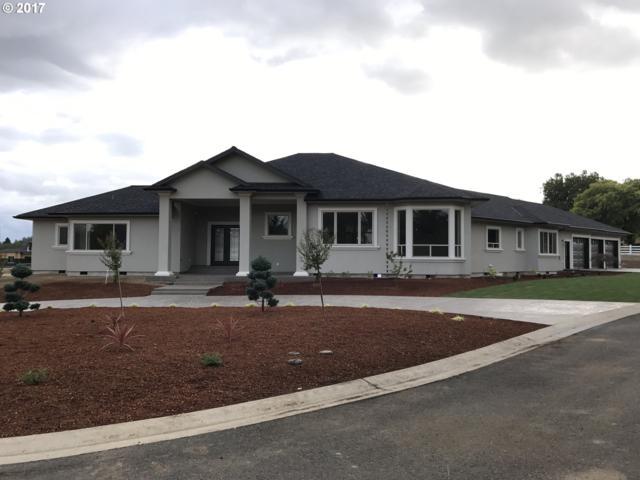 242 Bonifacio Ln, Roseburg, OR 97471 (MLS #16627097) :: Hatch Homes Group