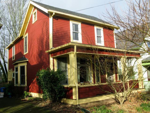 721 SE 32ND Ave, Portland, OR 97214 (MLS #17038417) :: Craig Reger Group at Keller Williams Realty