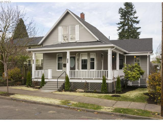1217 SE Rhone St, Portland, OR 97202 (MLS #17144317) :: McKillion Real Estate Group