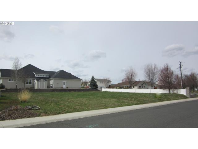 895 W Fairway Dr, Baker City, OR 97814 (MLS #17295058) :: Hatch Homes Group