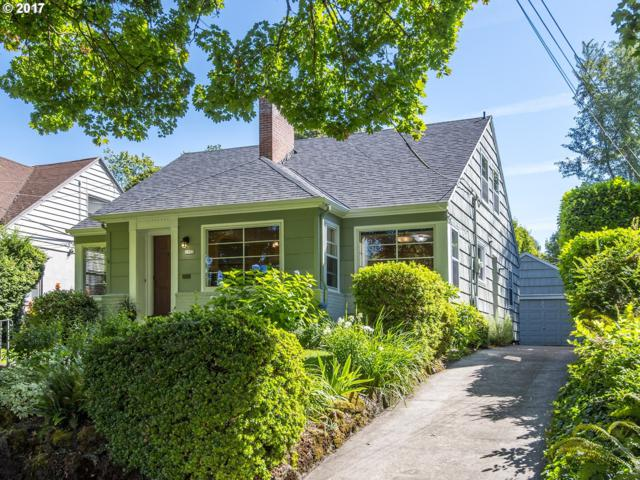 7922 SE 30TH Ave, Portland, OR 97202 (MLS #17433837) :: Hatch Homes Group