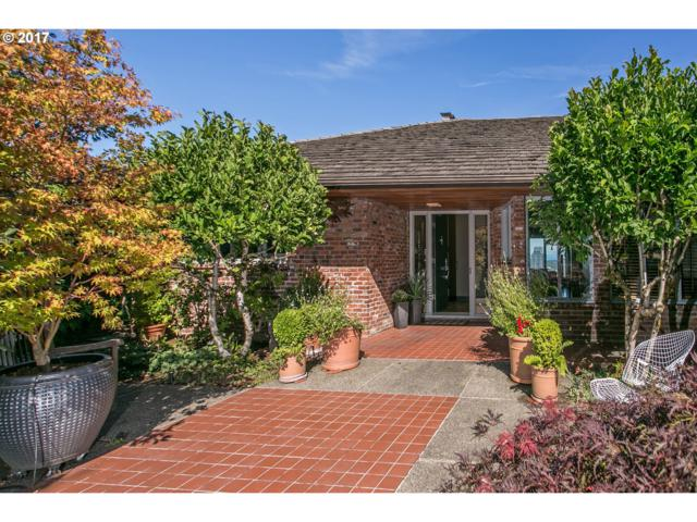 1750 SW West Point Ct, Portland, OR 97201 (MLS #17639042) :: Next Home Realty Connection