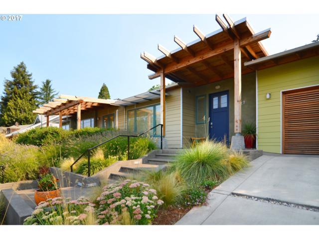 2827 Central Blvd, Eugene, OR 97403 (MLS #17663767) :: Craig Reger Group at Keller Williams Realty