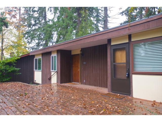 2051 E 26TH Ave, Eugene, OR 97403 (MLS #17690707) :: Stellar Realty Northwest