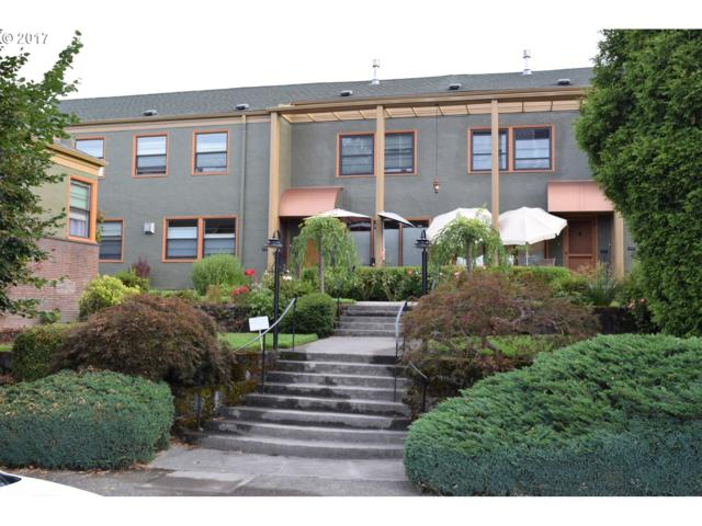 2025 SE Caruthers St #19, Portland, OR 97214 (MLS #17697199) :: Hatch Homes Group