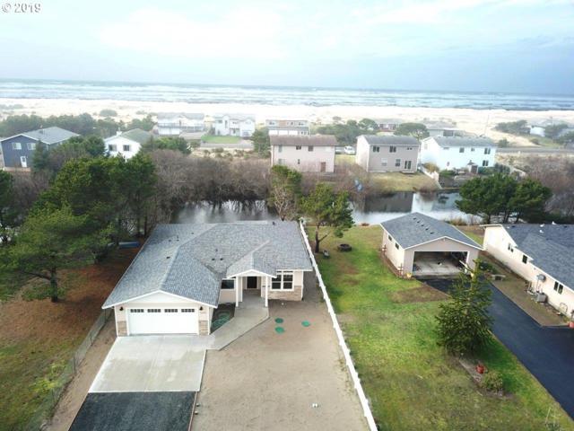 33405 H Pl, Ocean Park, WA 98640 (MLS #18021125) :: TLK Group Properties