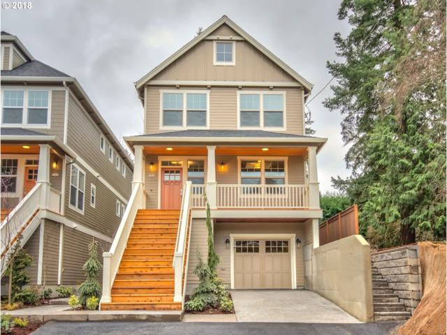 7872 SW 30TH Ave, Portland, OR 97219 (MLS #18079320) :: Hatch Homes Group