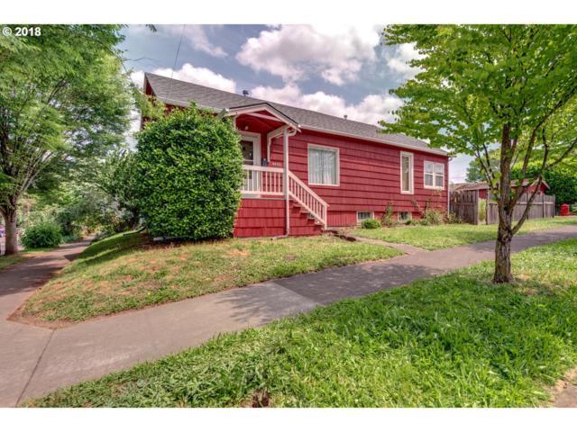 4400 SE 15TH Ave, Portland, OR 97202 (MLS #18099230) :: Team Zebrowski