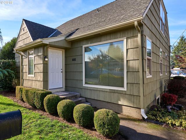 601 NE 113TH Ave, Portland, OR 97220 (MLS #18123375) :: Realty Edge