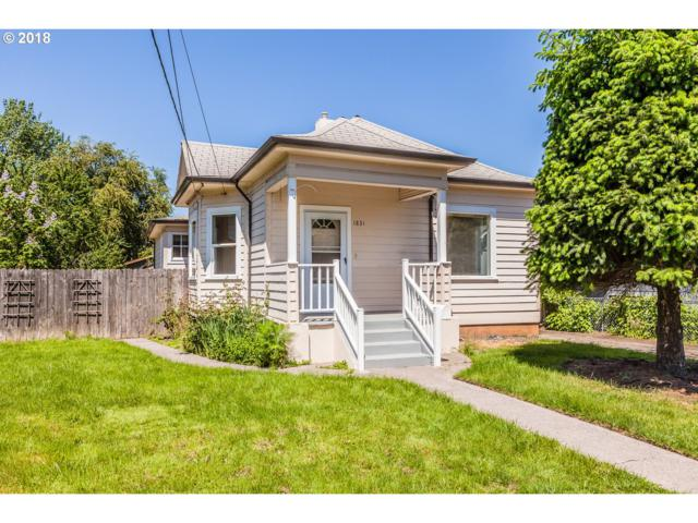 1831 SE Insley St, Portland, OR 97202 (MLS #18153559) :: The Sadle Home Selling Team