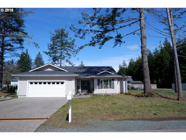 1193 12TH Ct SE, Bandon, OR 97411 (MLS #18155365) :: Hatch Homes Group