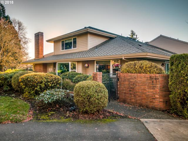 7150 SW East Lake Ct, Wilsonville, OR 97070 (MLS #18160555) :: Matin Real Estate