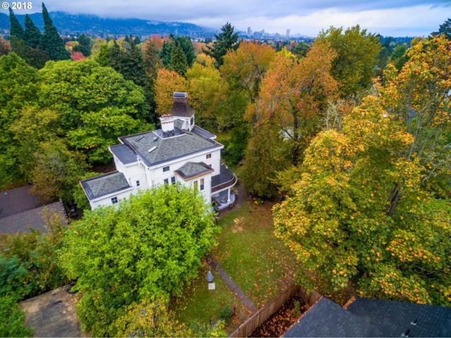 3814 SE Martins St, Portland, OR 97202 (MLS #18161616) :: Hatch Homes Group
