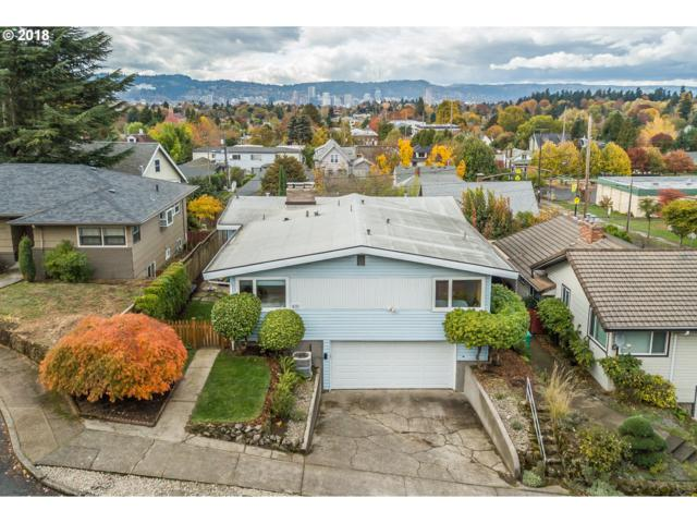 919 SE 52ND Pl, Portland, OR 97215 (MLS #18183998) :: The Liu Group