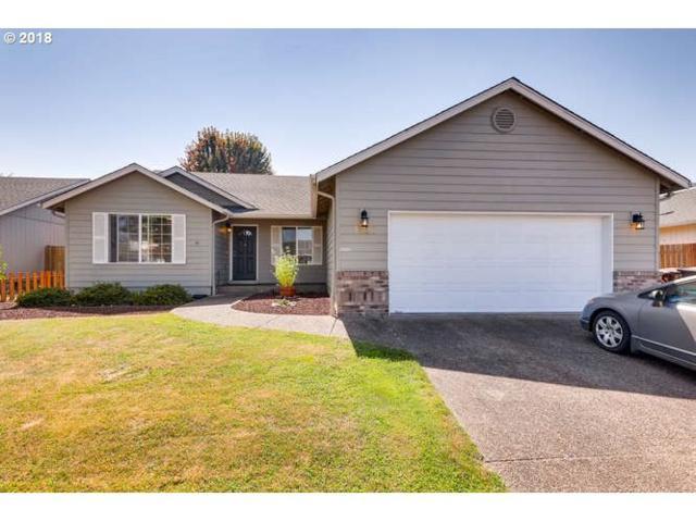 1230 Mt View Ln, Molalla, OR 97038 (MLS #18186621) :: Portland Lifestyle Team