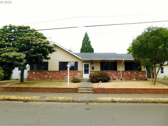 5321 SE 66TH Ave, Portland, OR 97206 (MLS #18204685) :: Hatch Homes Group