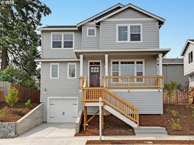 7920 NE Schuyler, Portland, OR 97035 (MLS #18206239) :: Cano Real Estate