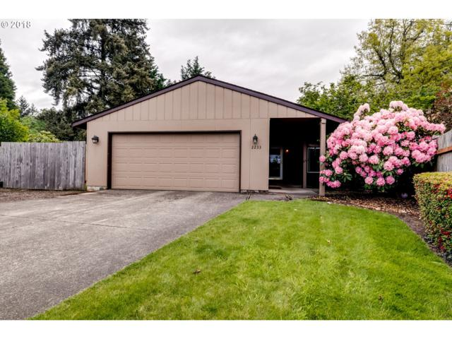 2233 Ironwood St, Eugene, OR 97401 (MLS #18227147) :: Song Real Estate