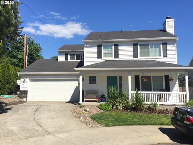 59160 Lolo Pass Ct, St. Helens, OR 97051 (MLS #18237626) :: Hatch Homes Group