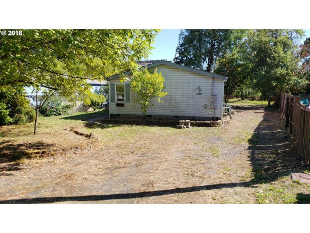1361 West St, St. Helens, OR 97051 (MLS #18242519) :: Cano Real Estate