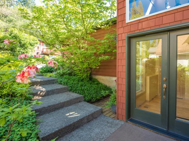 3730 SW Grover St, Portland, OR 97221 (MLS #18264743) :: Next Home Realty Connection