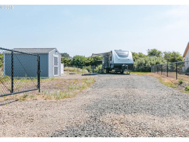 32806 G Pl, Ocean Park, WA 98640 (MLS #18272349) :: Harpole Homes Oregon