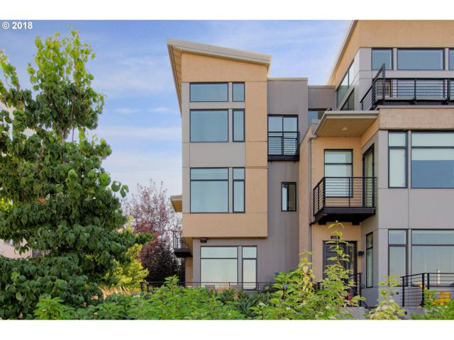 2116 NW 16TH Ave, Portland, OR 97209 (MLS #18316004) :: Hatch Homes Group