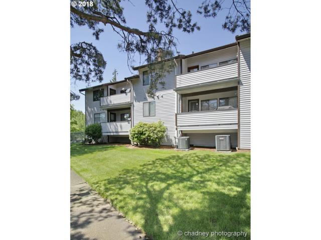 12008 SE 104TH Ct, Happy Valley, OR 97086 (MLS #18316773) :: Hatch Homes Group