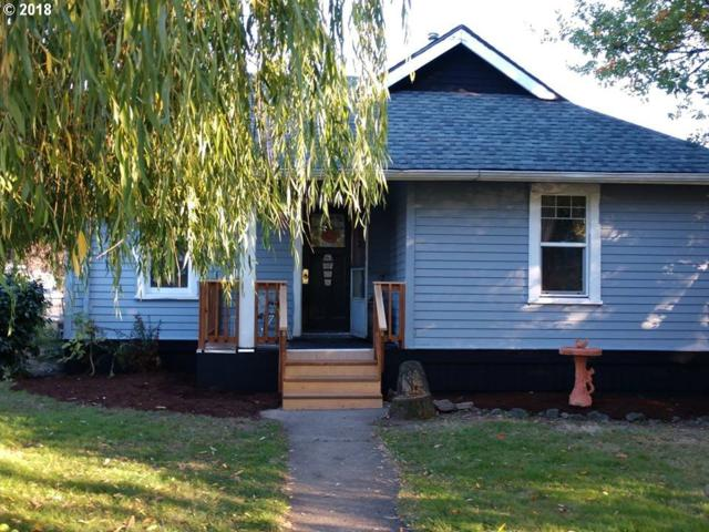 566 15TH Ave, Longview, WA 98632 (MLS #18327076) :: R&R Properties of Eugene LLC
