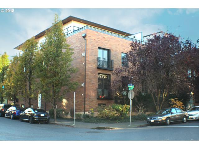 2222 NW Hoyt St #101, Portland, OR 97210 (MLS #18339921) :: Townsend Jarvis Group Real Estate