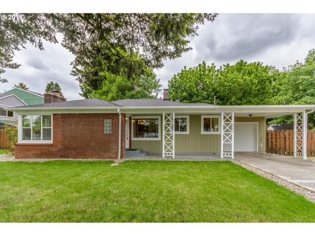 2245 SE 85TH Ave, Portland, OR 97216 (MLS #18346910) :: The Sadle Home Selling Team