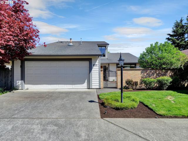 15490 SW Oaktree Ln, Tigard, OR 97224 (MLS #18356652) :: McKillion Real Estate Group