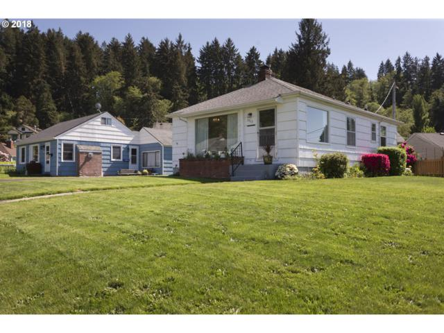 3513 Harrison Dr, Astoria, OR 97103 (MLS #18370619) :: The Dale Chumbley Group