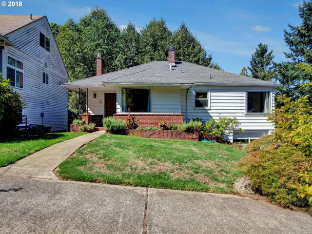7815 SW 11TH Ave, Portland, OR 97219 (MLS #18371462) :: Portland Lifestyle Team