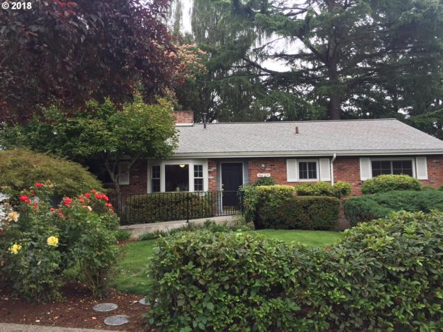 2180 SW Roxbury Ave, Portland, OR 97225 (MLS #18429402) :: Change Realty