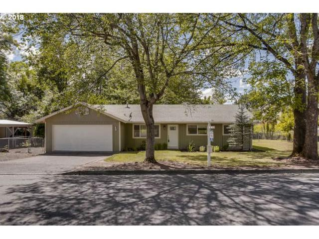 10825 SW 78TH Ave, Tigard, OR 97223 (MLS #18444058) :: Cano Real Estate