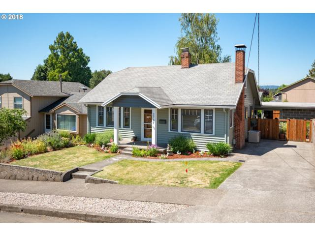 2747 SE 77TH Ave, Portland, OR 97206 (MLS #18447036) :: Cano Real Estate