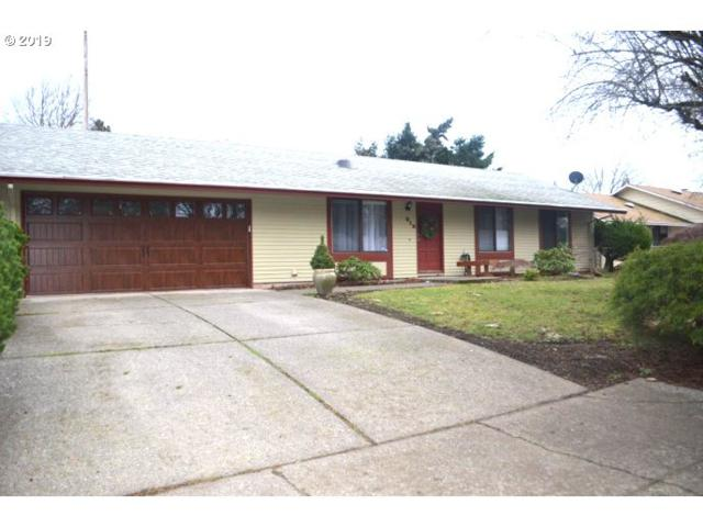813 SE 132ND Ave, Vancouver, WA 98683 (MLS #18452005) :: McKillion Real Estate Group